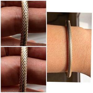"Jewelry - 14KT Gold Rib Design Texture Bangle Bracelet 6.5"""